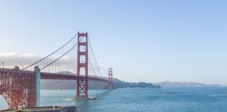 Golden Gate-bron i solnedgången