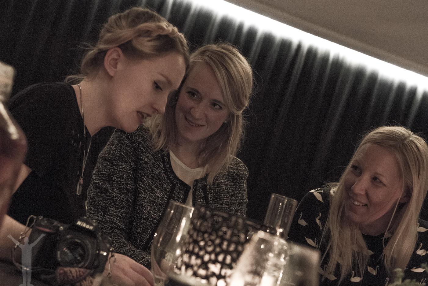Jeanette Seflin, Annika på Resfredag och Towe på Come fly with me.