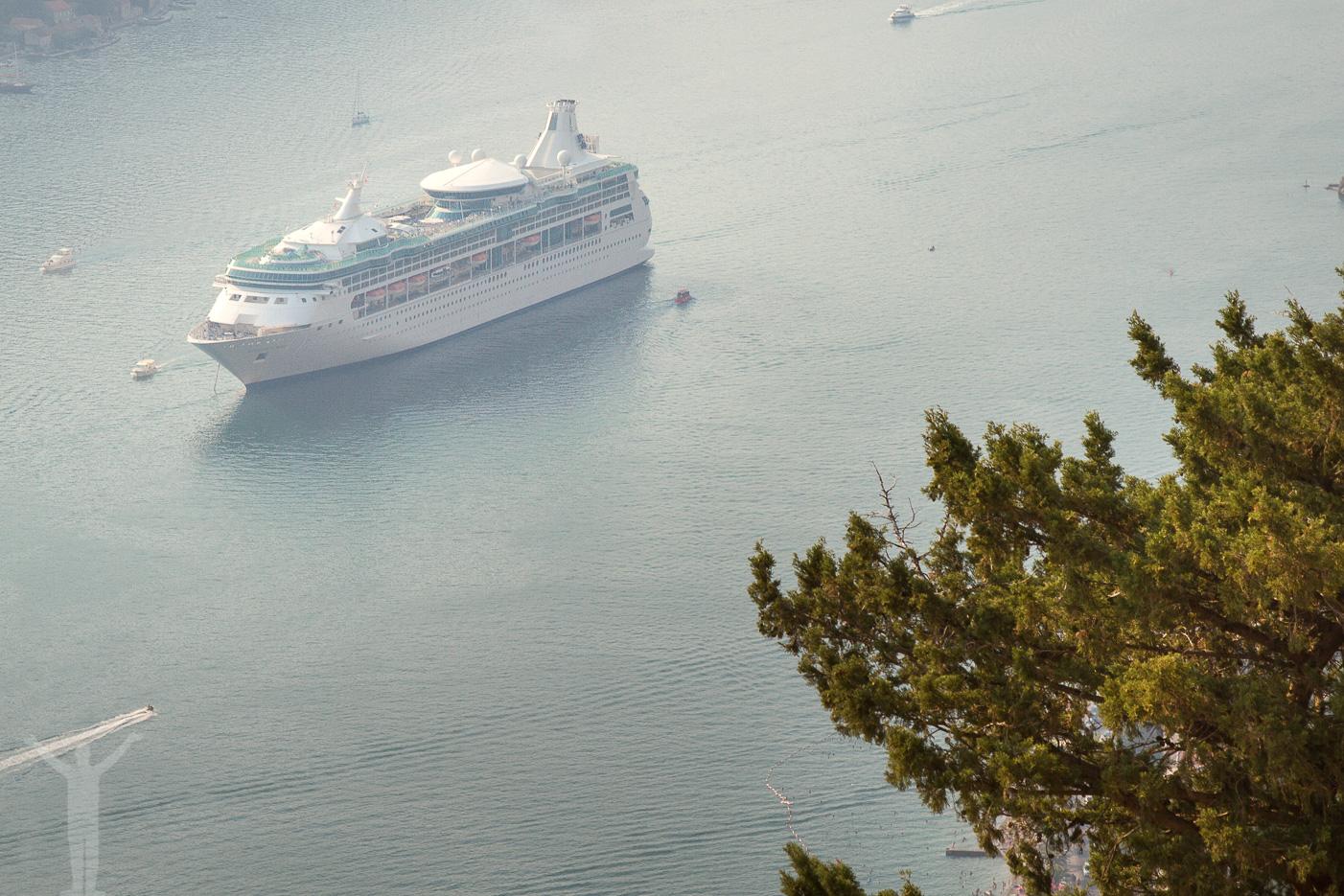 Kryssningsfartyg i Kotor