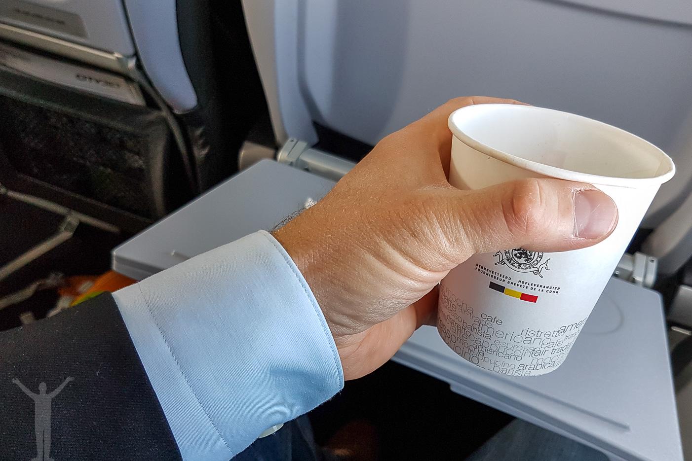 En kopp kaffe i luften