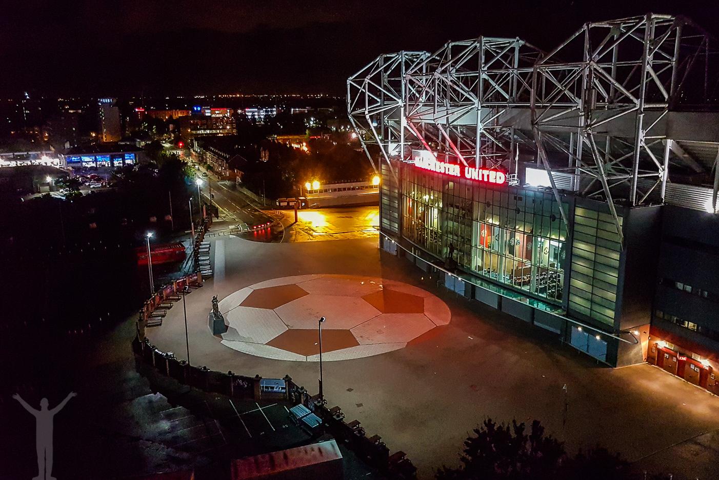 Old Trafford från taket på Hotel Football