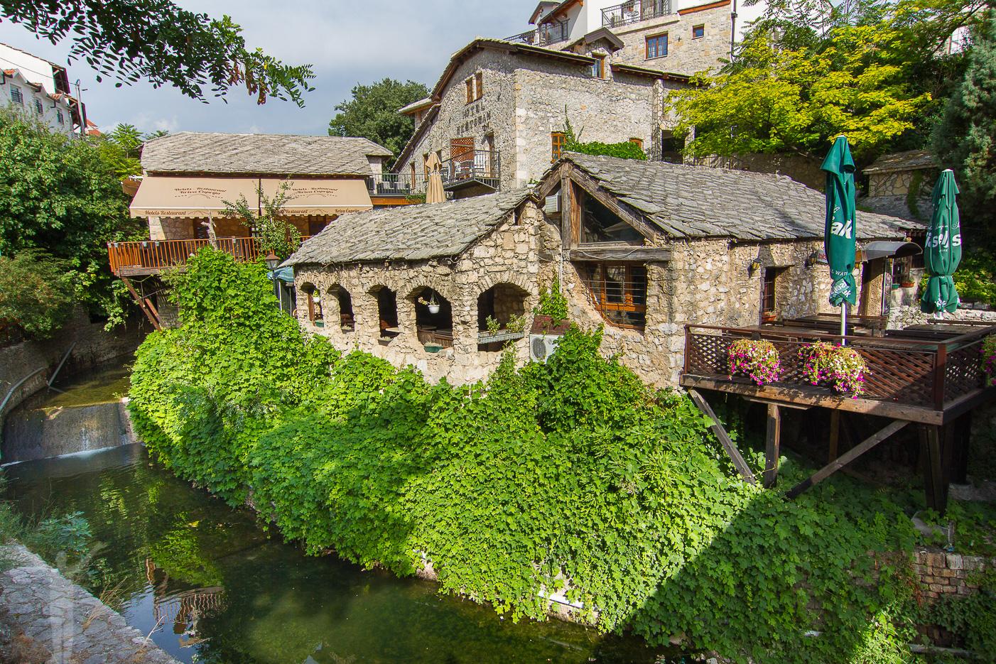Små mysiga kvarter i Mostar