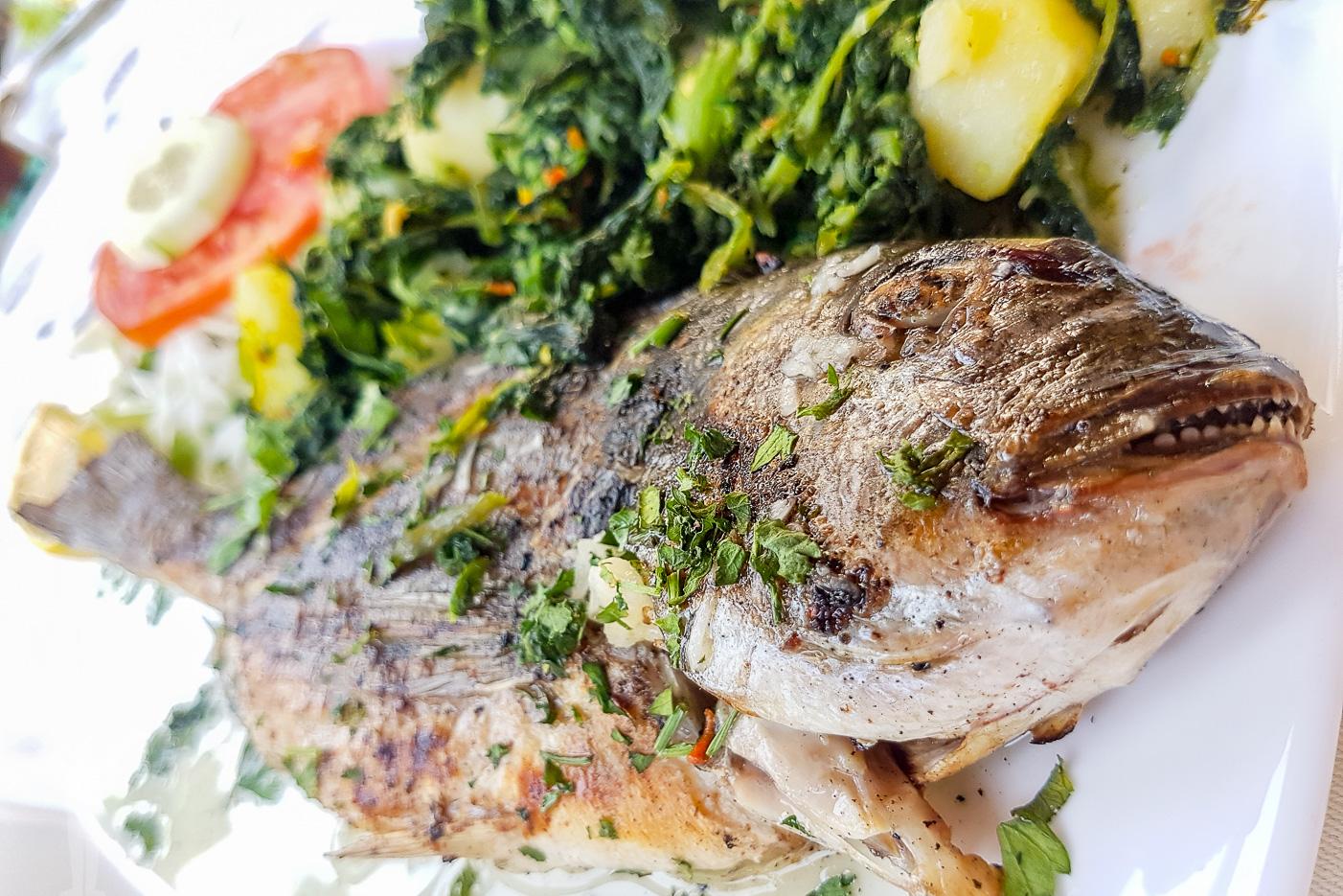 Äta fisk i Mostar