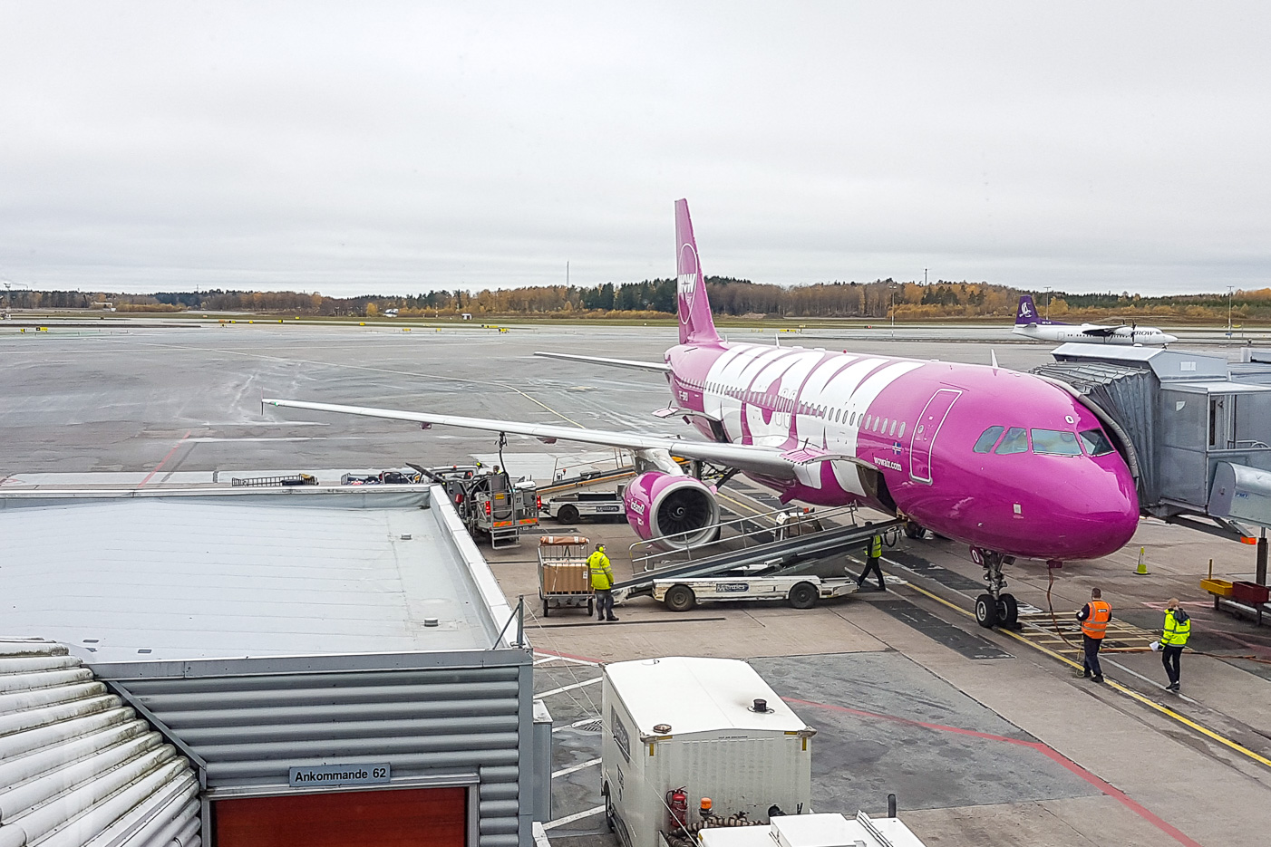 Wow Air - TF-BRO