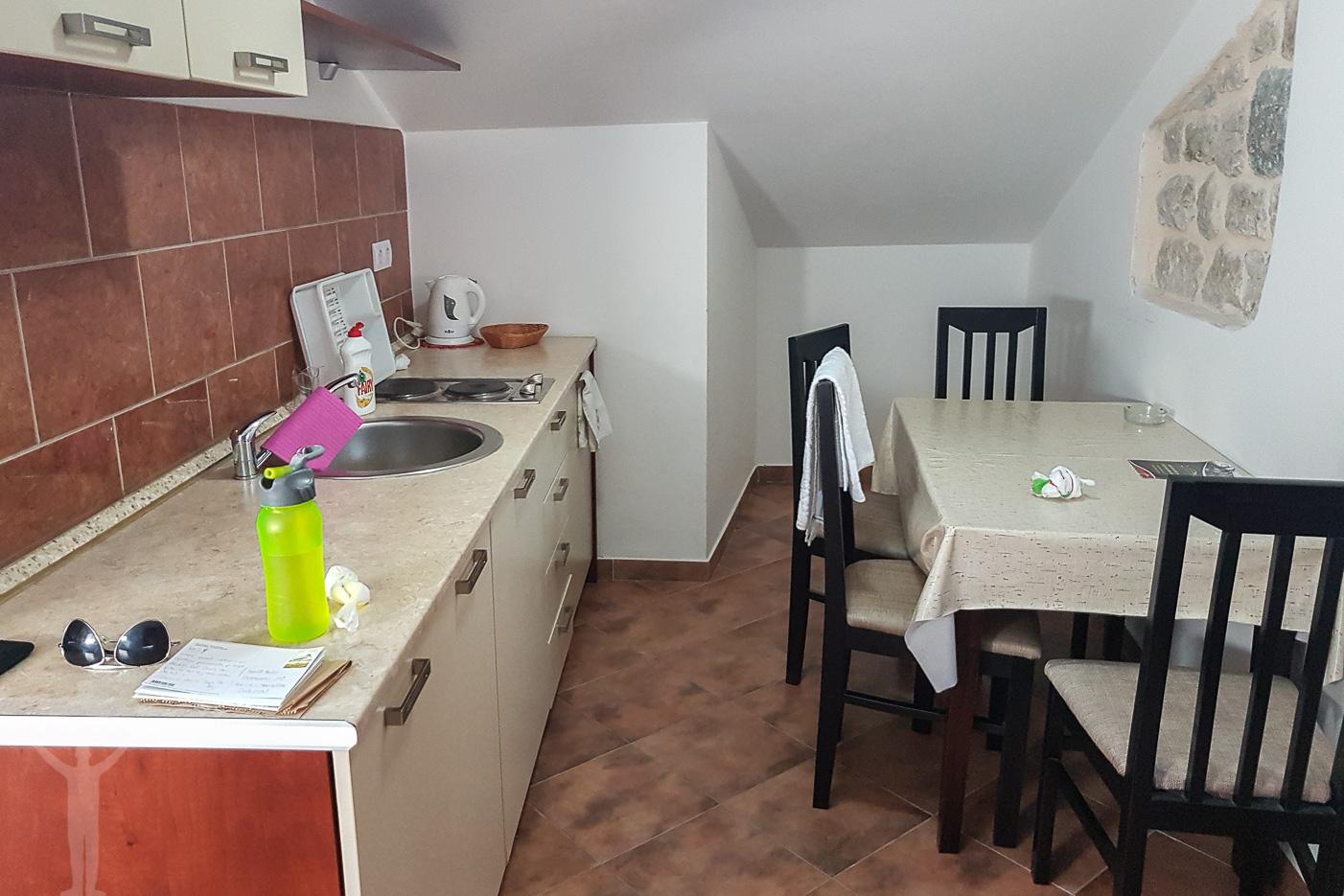 Köket, D & Sons Apartments i Kotor