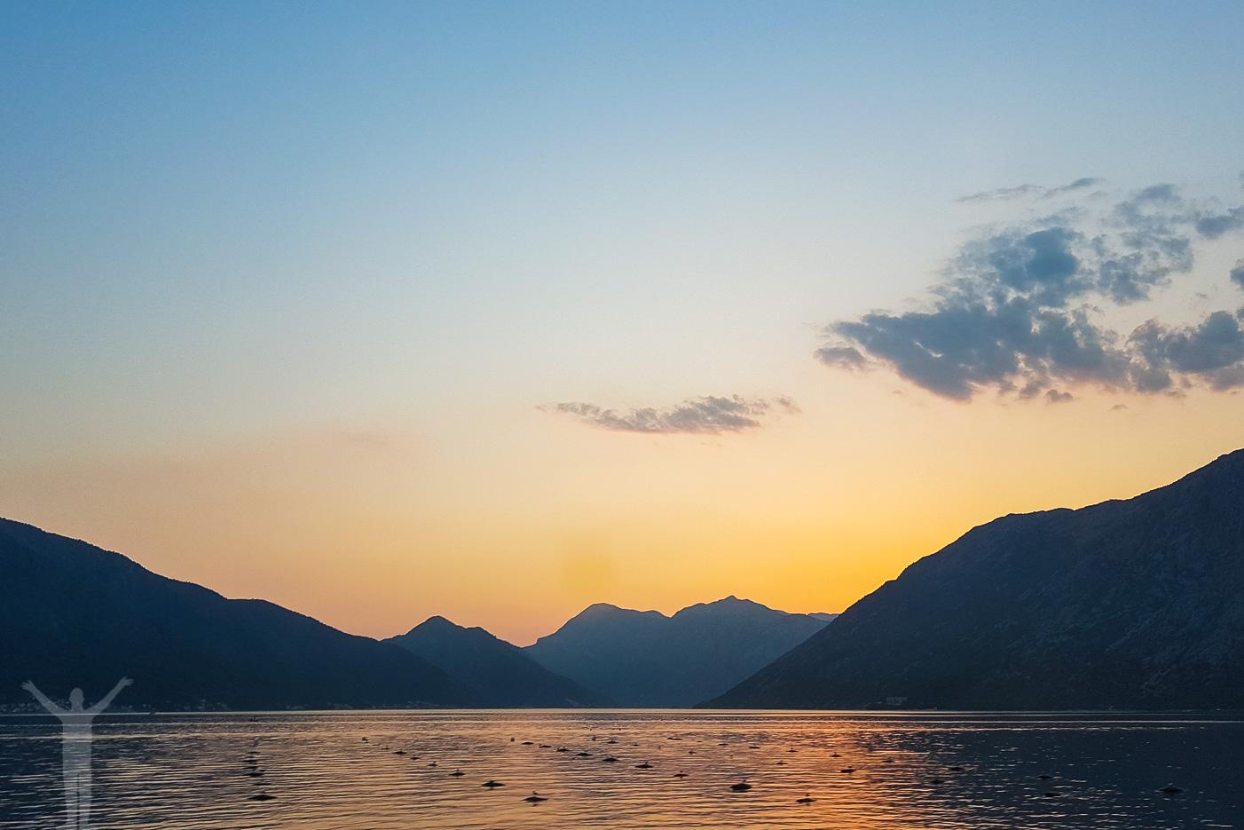 Solnedgång vid Kotorbukten