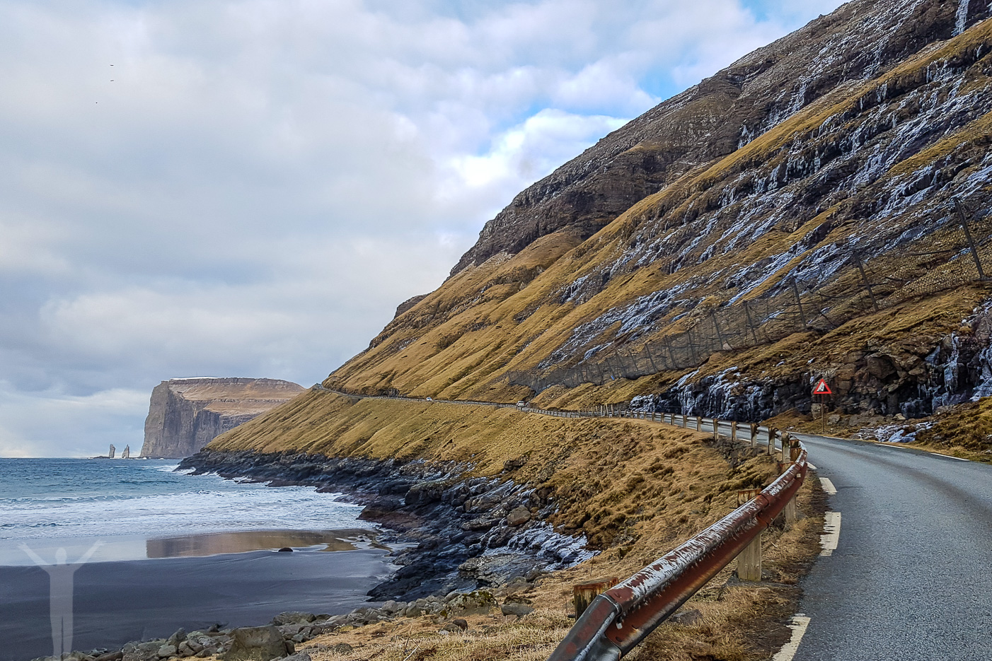 Väg vid Tjørnuvik, Färöarna