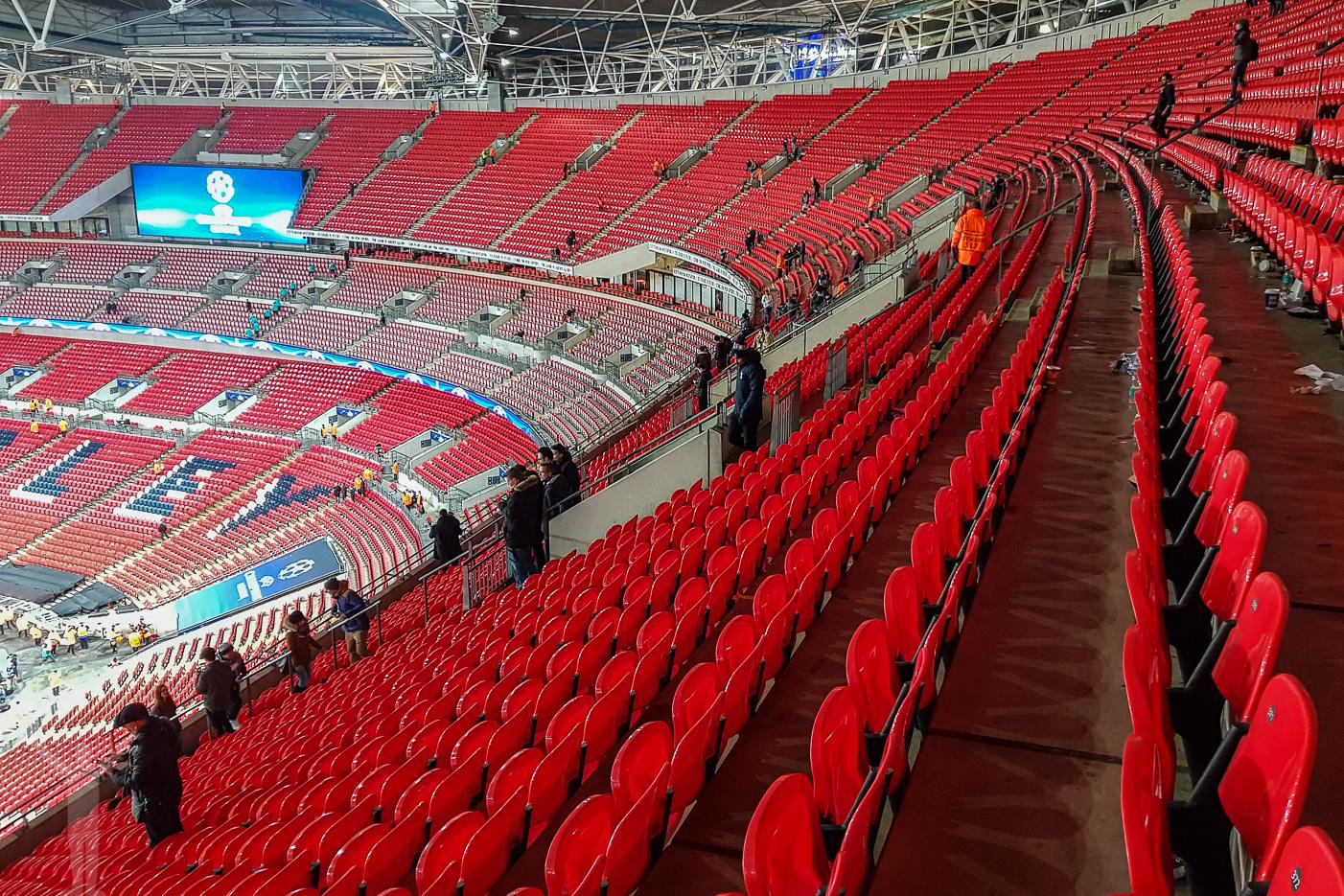 Wembleys tomma stolar