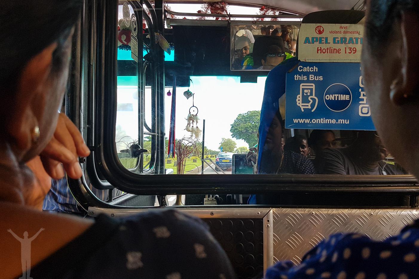Lokalbussen från Tamarina till Port Louis var en fin upplevelse ändå.