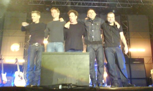 Bryan Adams med band