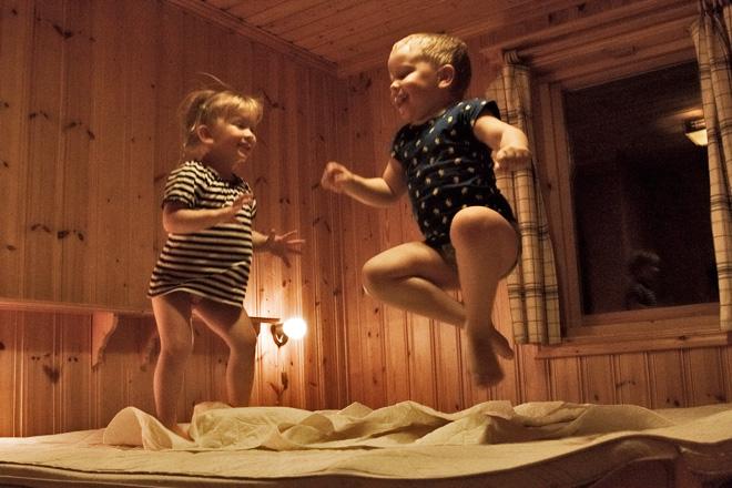 Leylia & Vidar dansar och ler