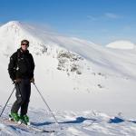 Martin med Sönner-Tväråklump i bakgrunden.