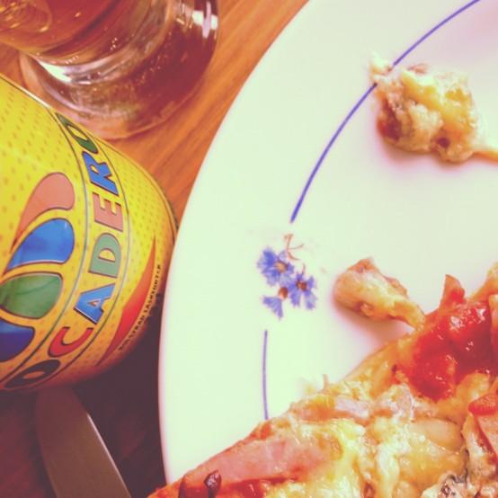 80-talsmiddag: Trocadero, hemmagjord pizza och Top Gun-temat.
