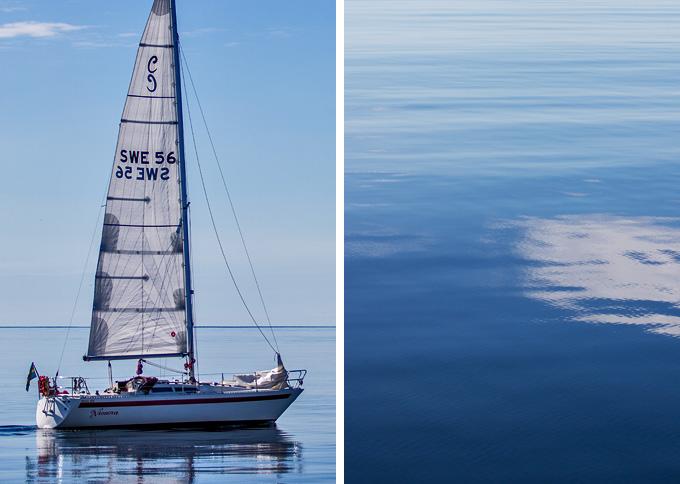 Segelbåt på kusten