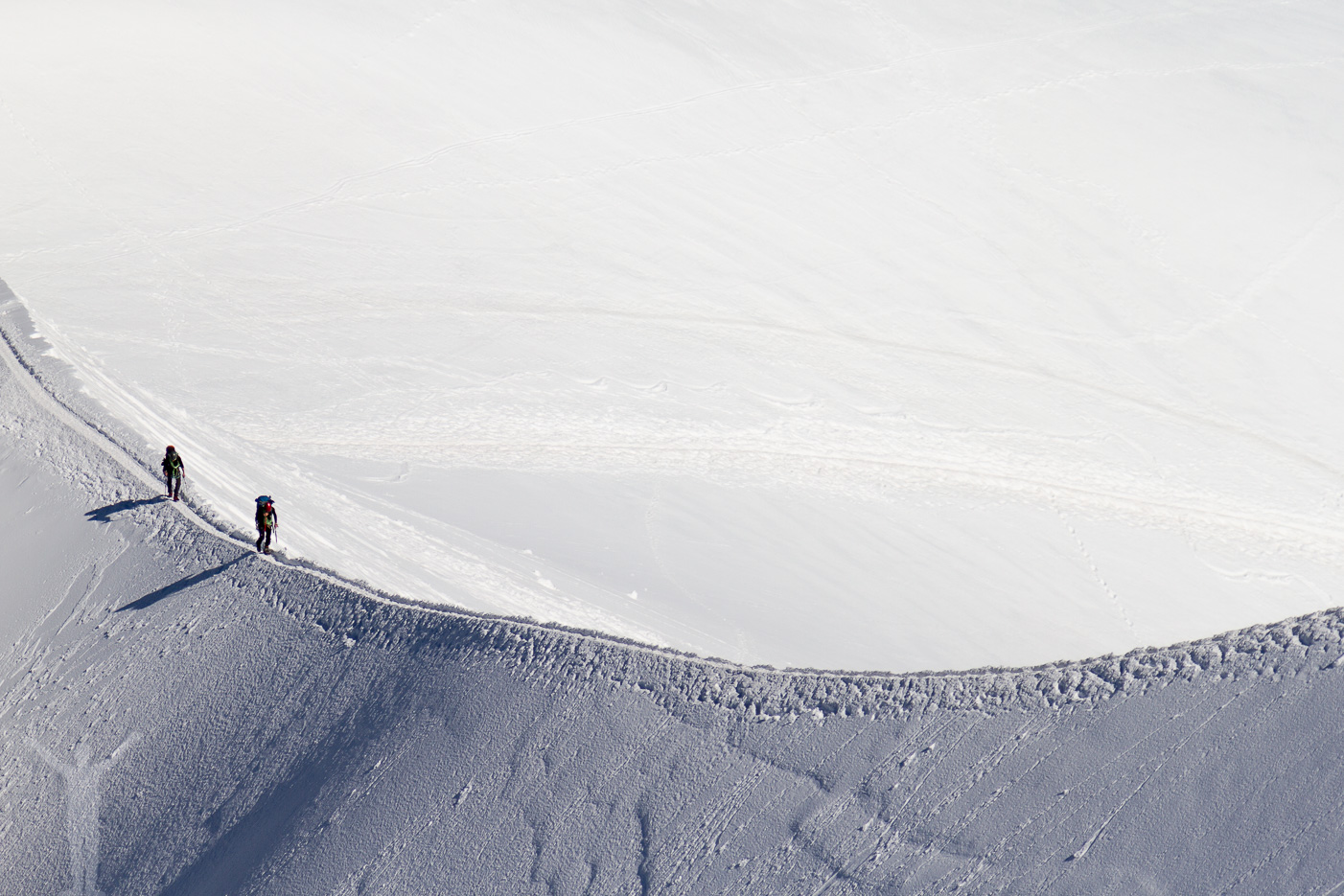 Bergsbestigare på Aiguille du Midi