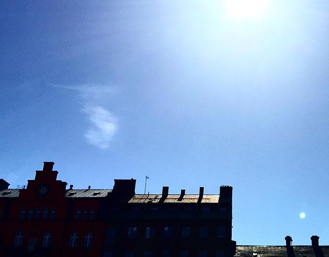 Solgassande på Stortorget
