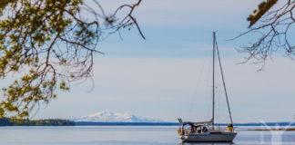 Segelbåt på Storsjön