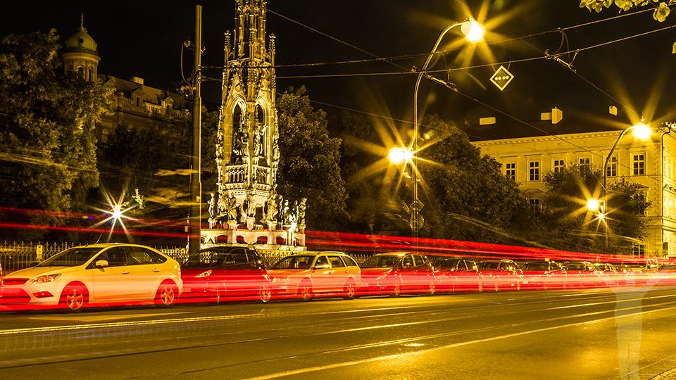 Kvällstrafik i gamla stan.