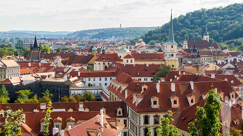 Utsikt från toppen av slottstrappan