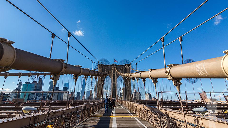 Promenad från Brooklyn till Manhattan