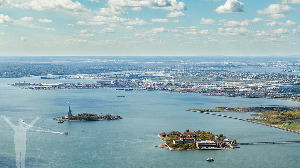 Frihetsgudinnan och Ellis Island