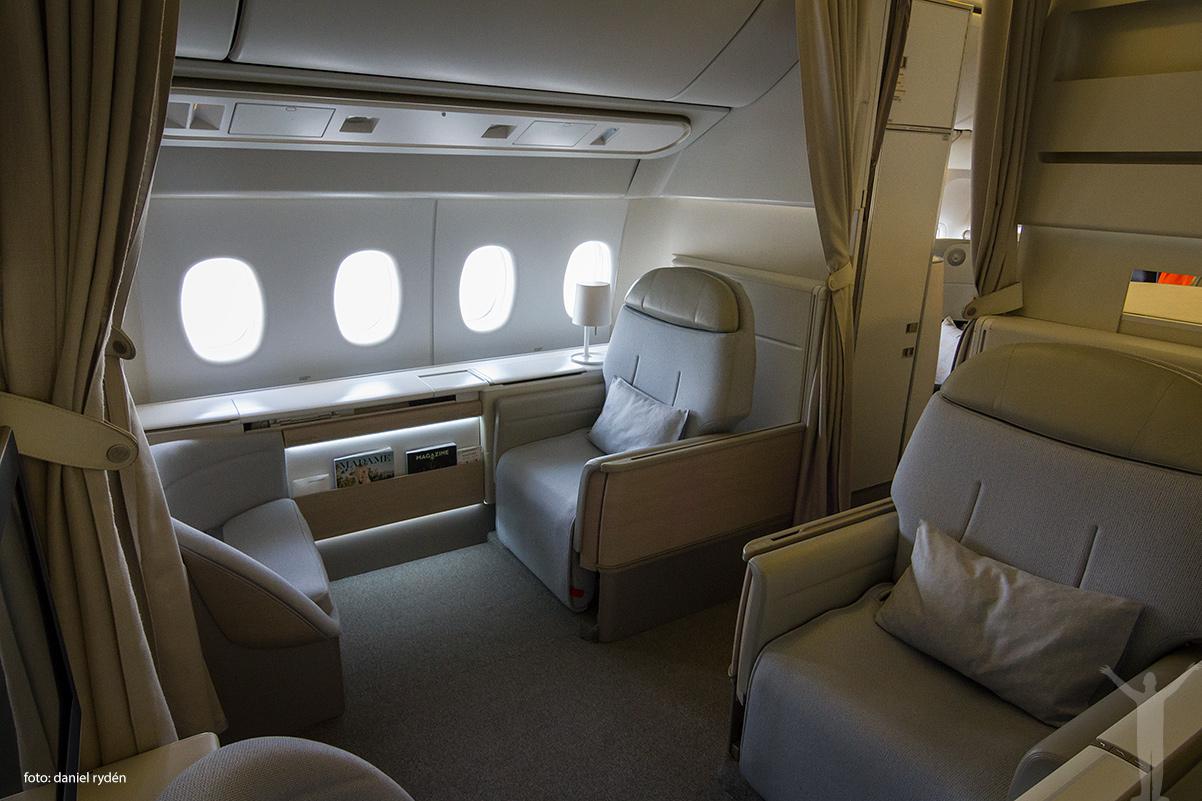 La Premiere i en 777-300ER