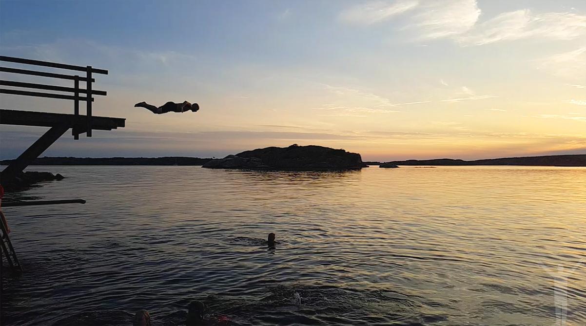 Dryden hoppar i Kämpersvik - härliga sommarkvällar