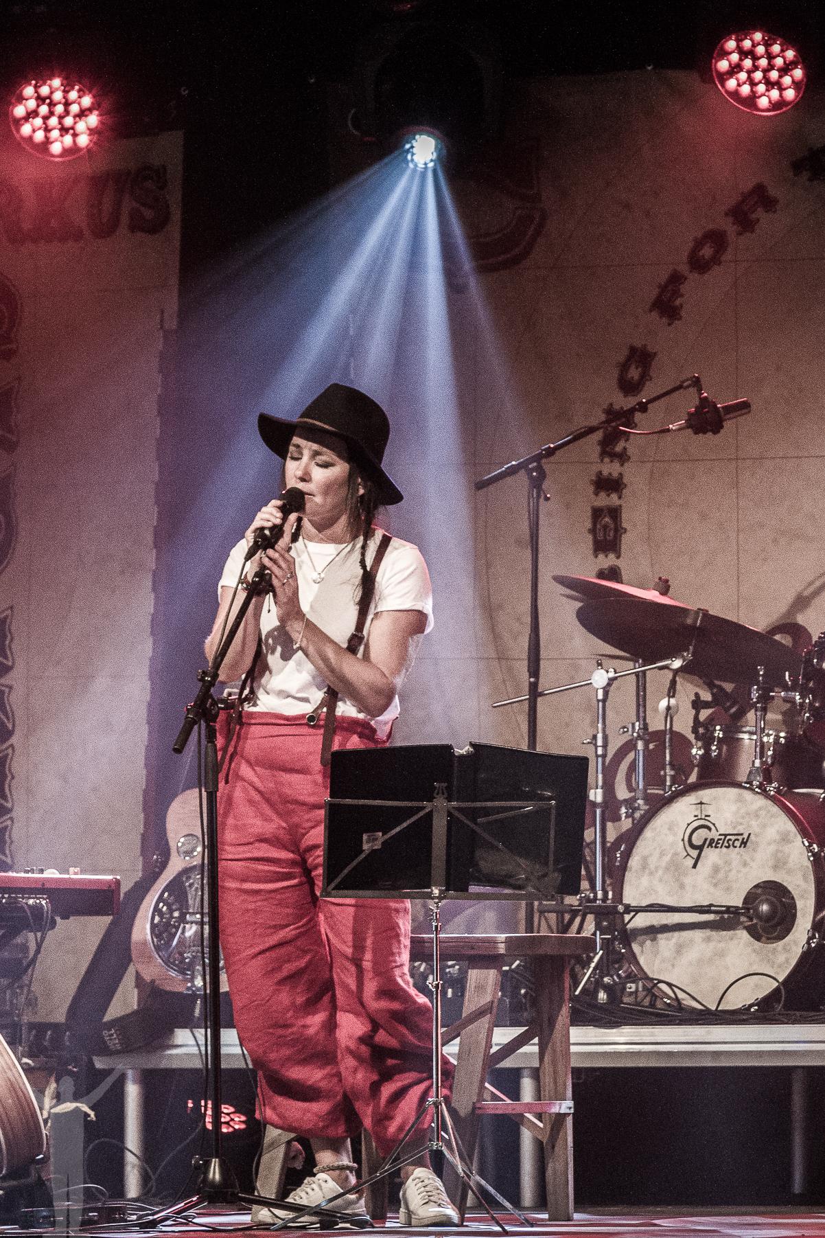 Sophie Zelmani på Fallens dagar i Trollhättan.