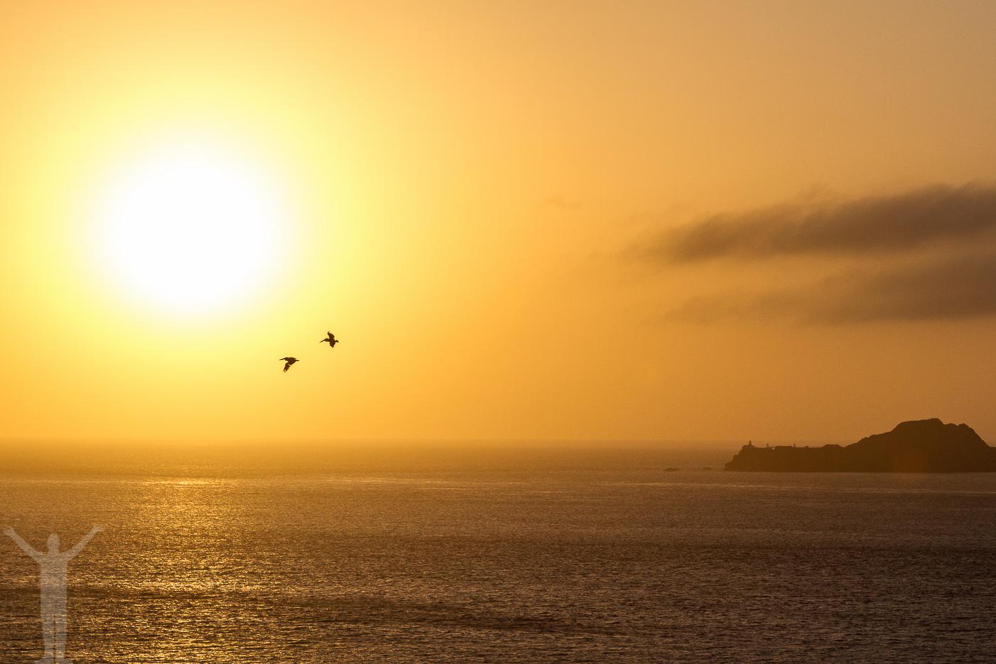 Stilla Havet och en solnedgång
