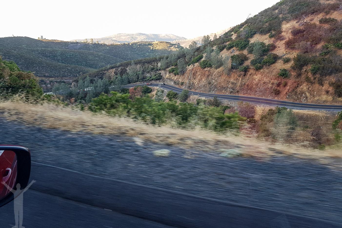 Vägen in till Yosemite