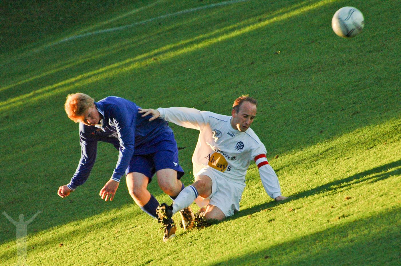 Saknaden, Dryden & fotboll