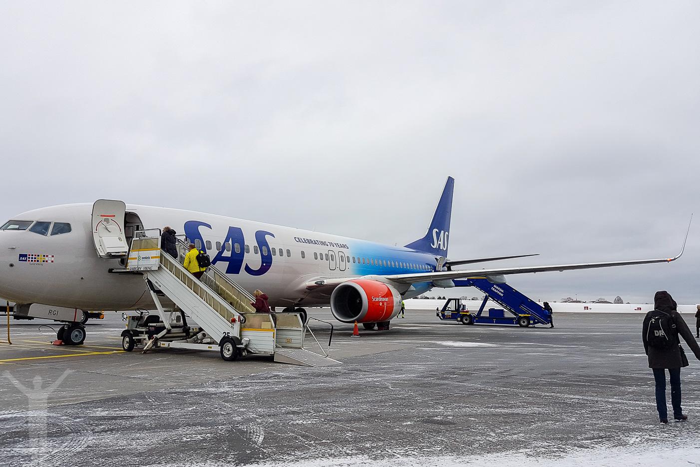 SAS goes 70 - specialmålad 737:a.