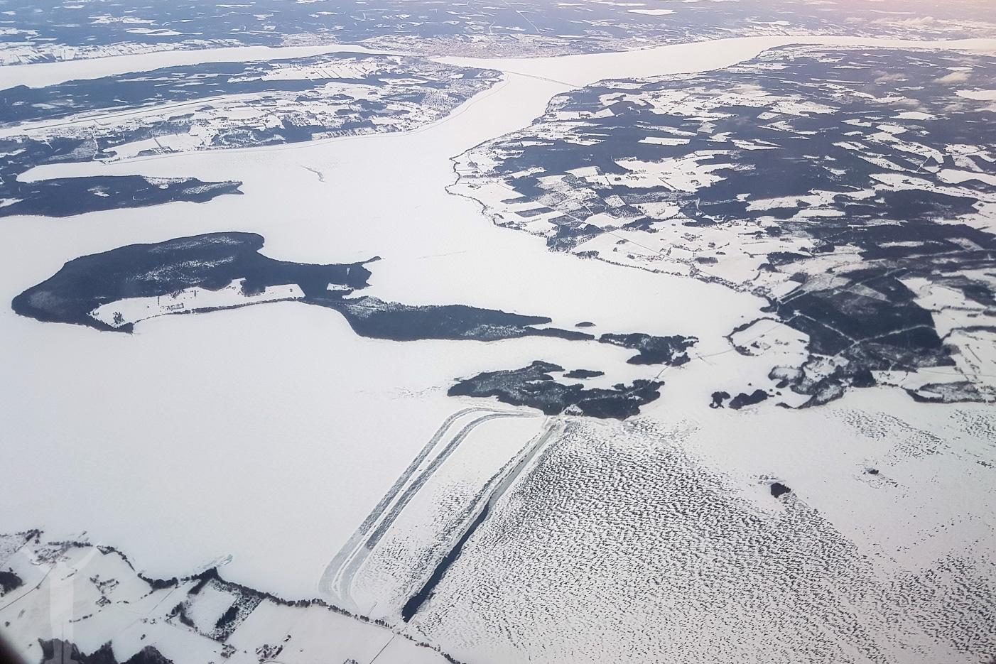 Isväg på Storsjön