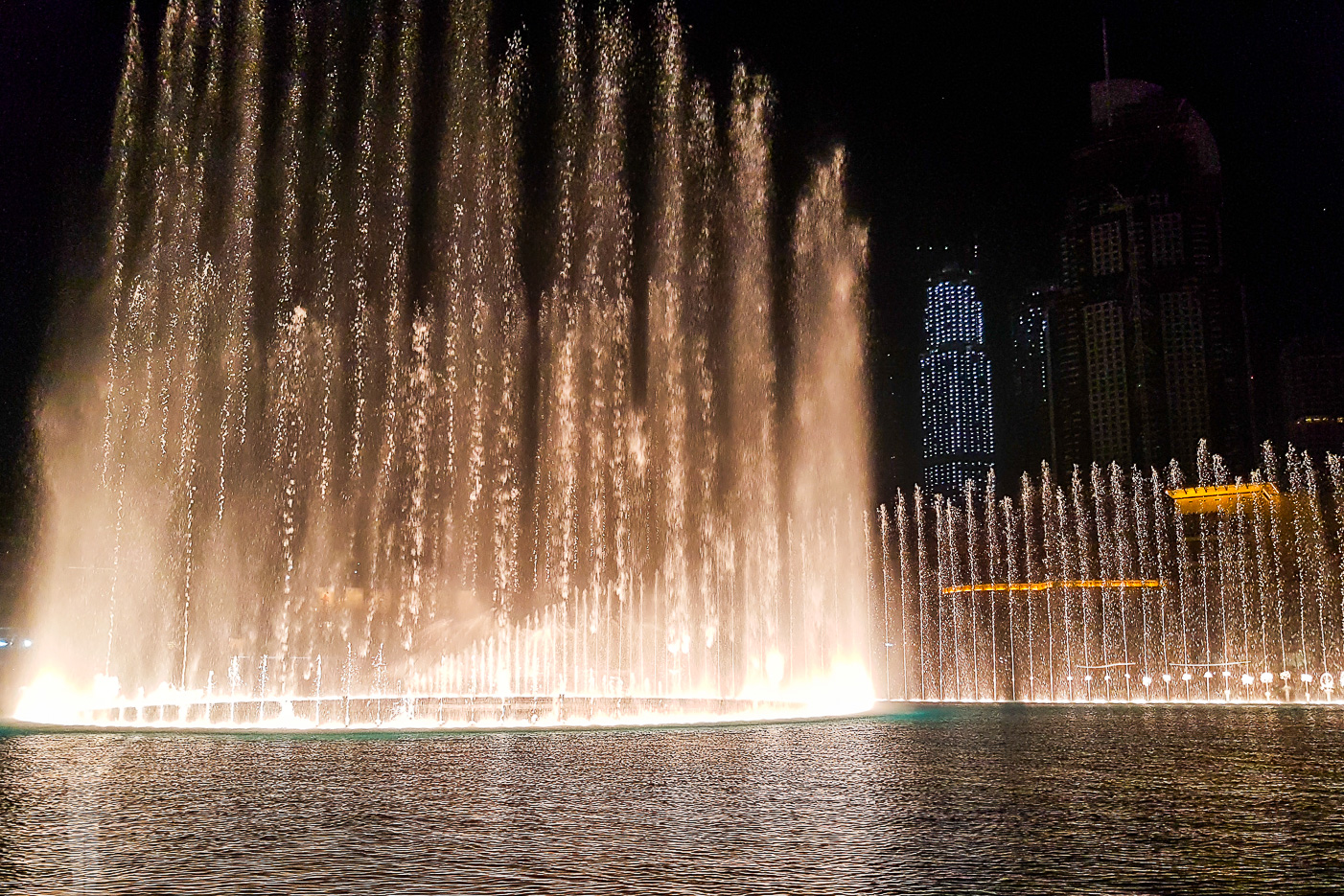 Fontänen vid Dubai Mall