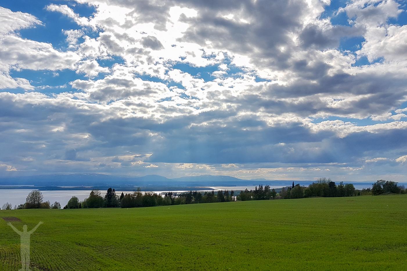 Utsikt över Storsjön och Oviksfjällen