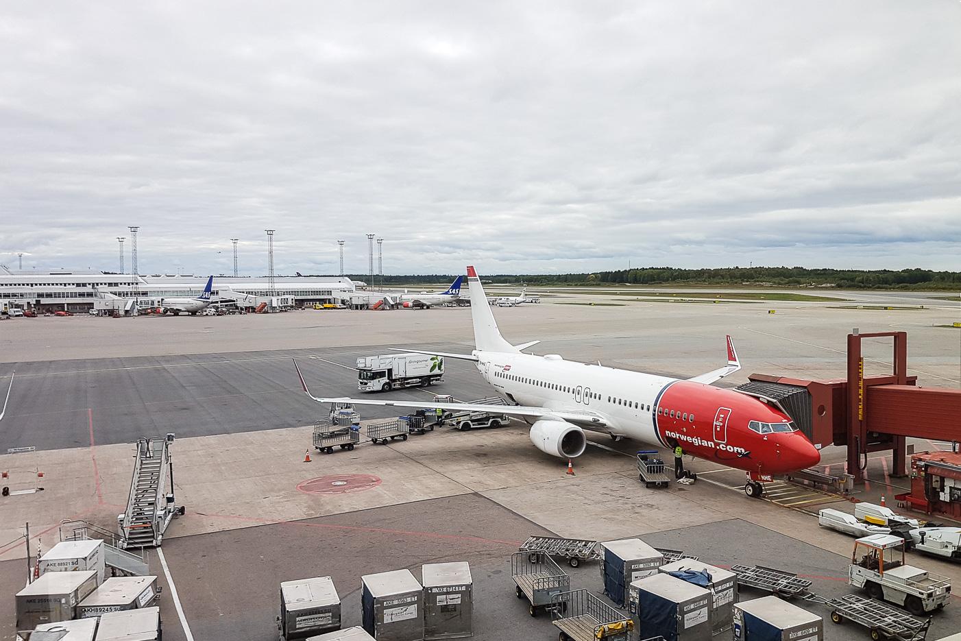 Norwegian LN-NHE, DY4480 MAN-ARN