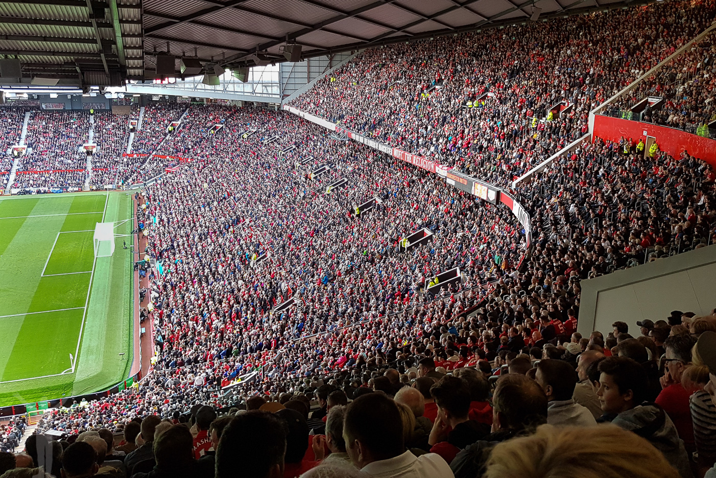 Stretford End, Old Trafford