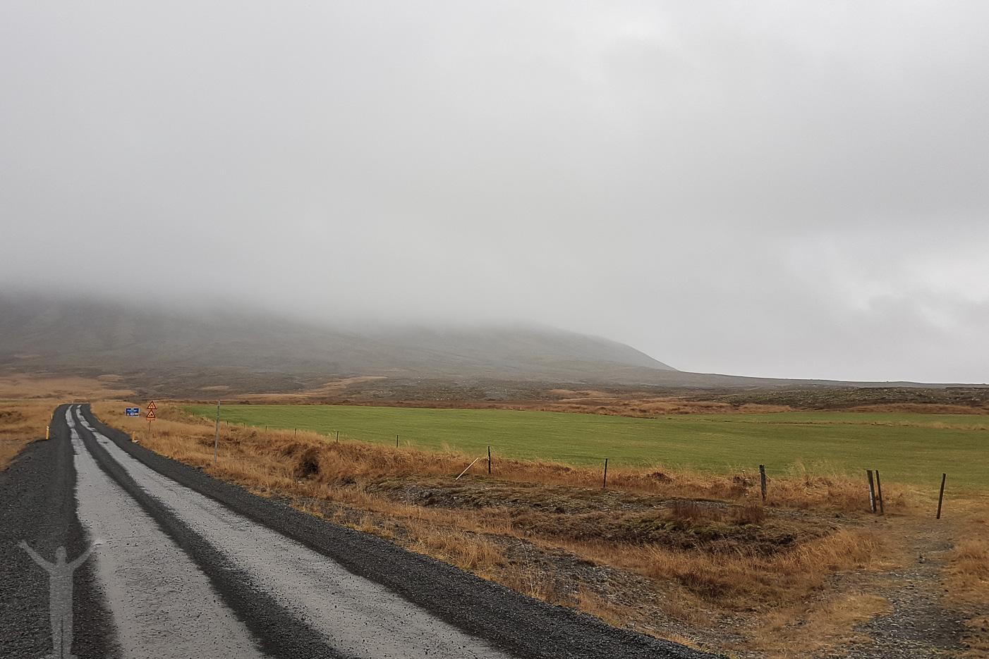 Väg på Island
