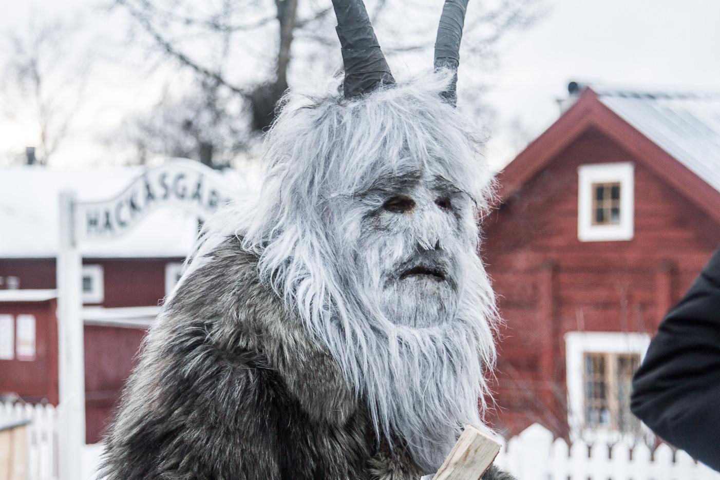 Julbocken på Jamtli julmarknad, Östersund
