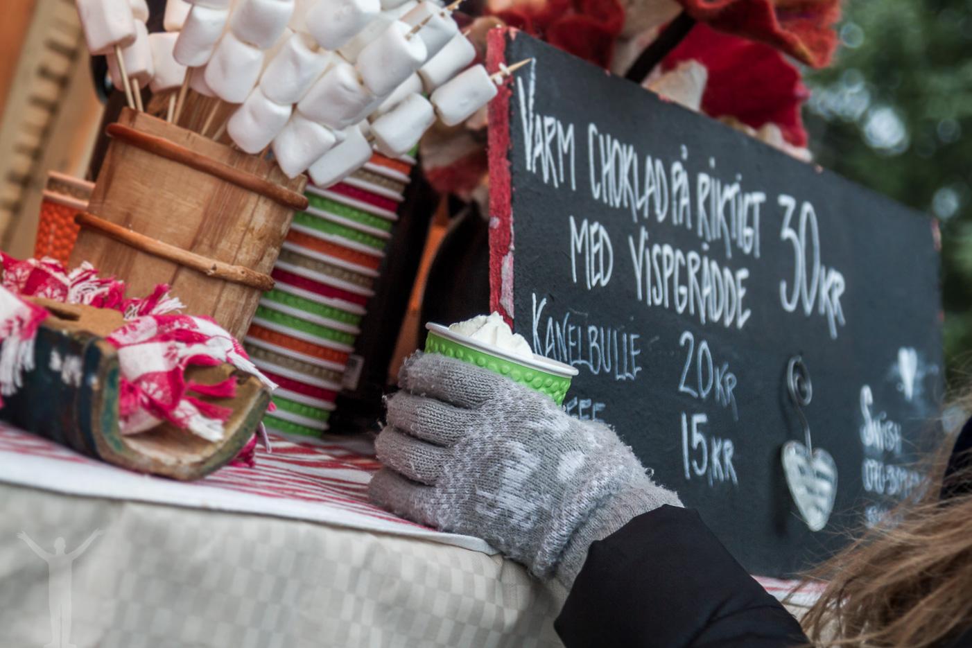 Varm choklad på Jamtli julmarknad, Östersund