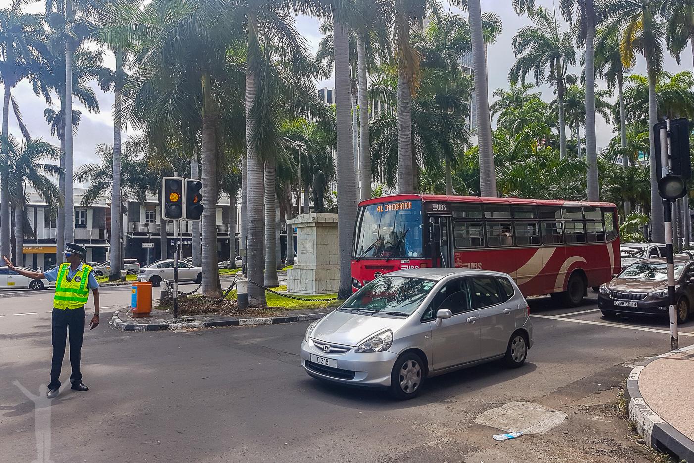 Gatukorsning i Port Louis