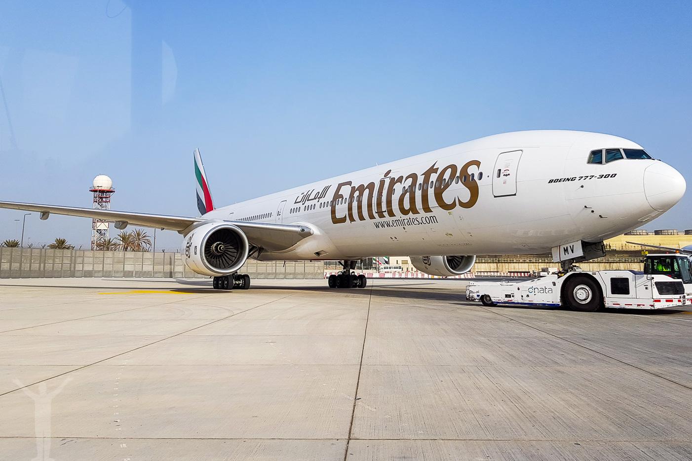 Emirates Boeing 777-300ER (77W)