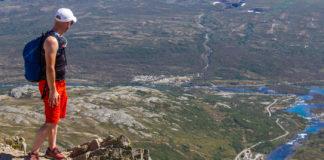 Utsikt från vandringen på Besseggen.