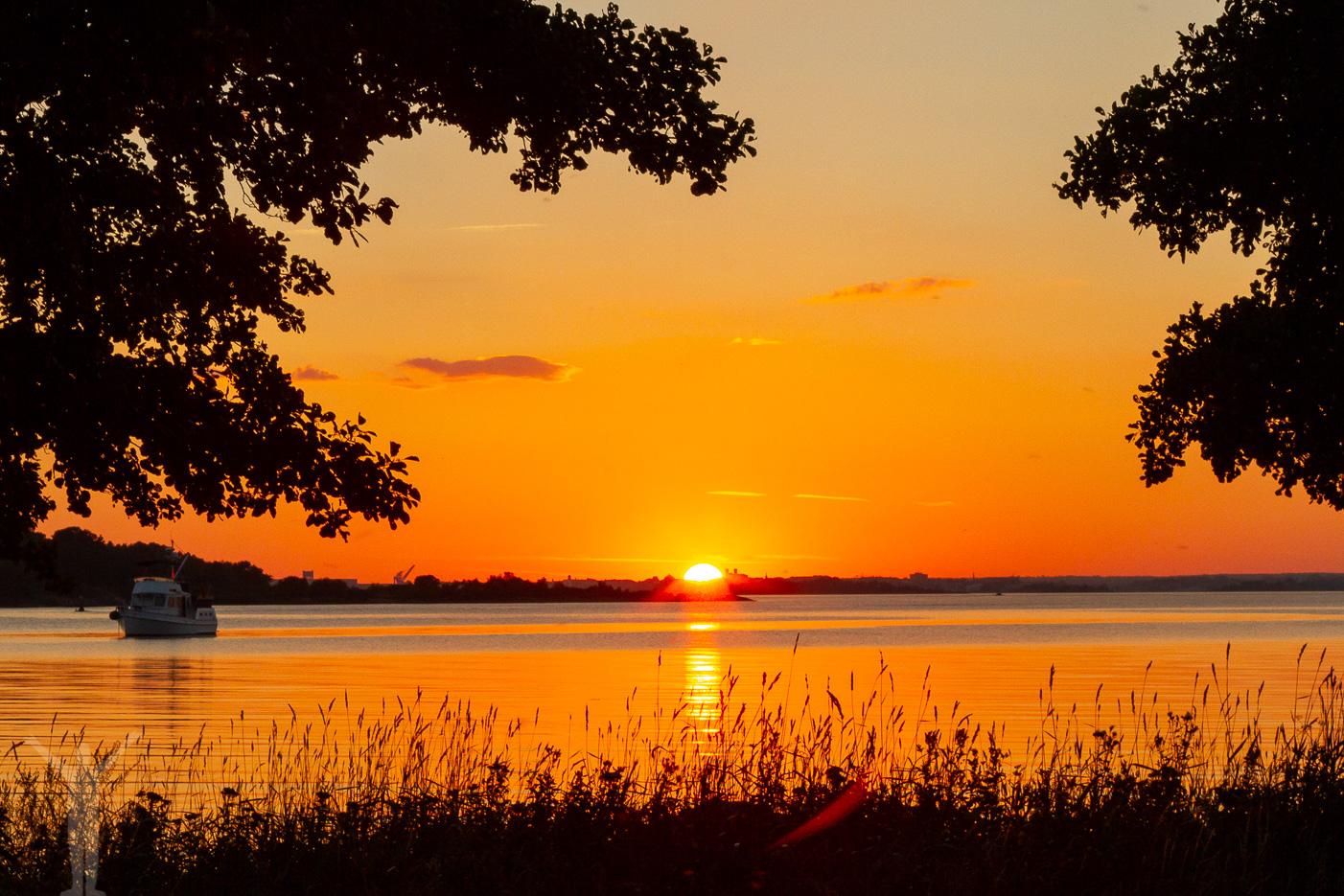 Solnedgång i Karlskrona och på Sturkö