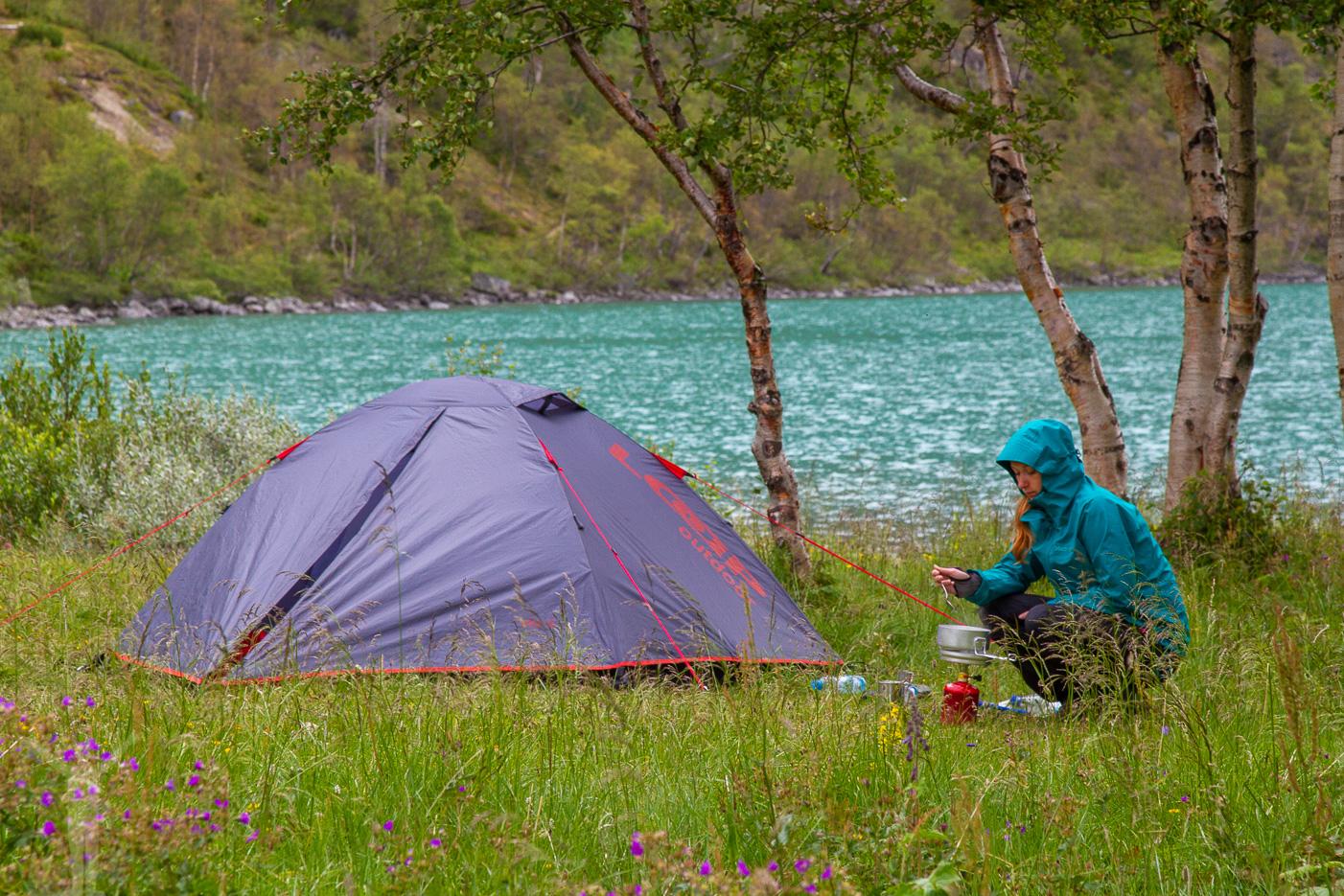 Tältplats vid Gjendesjön