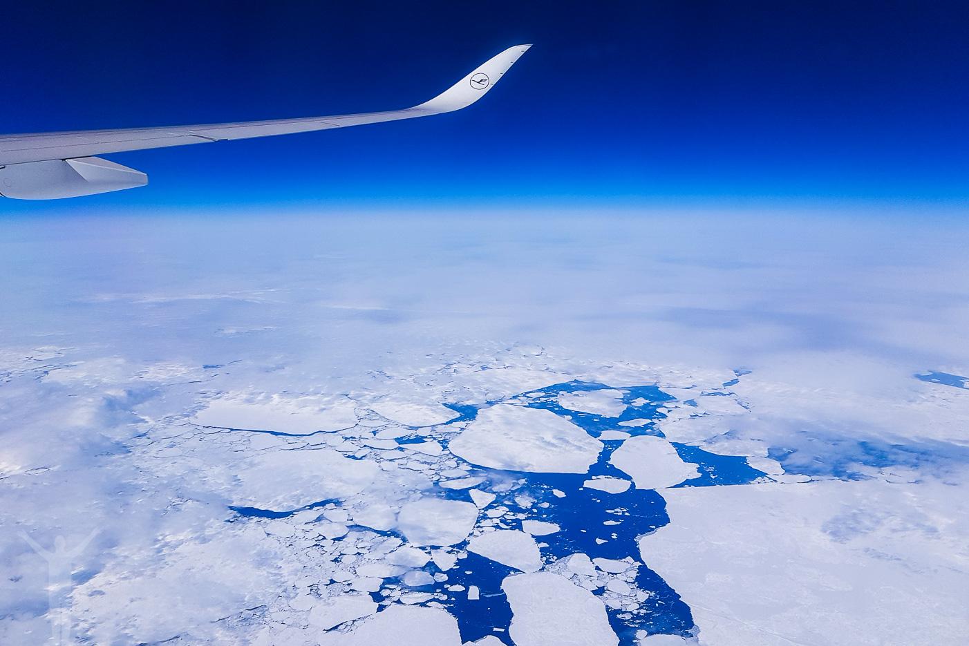 Att flyga över Grönland