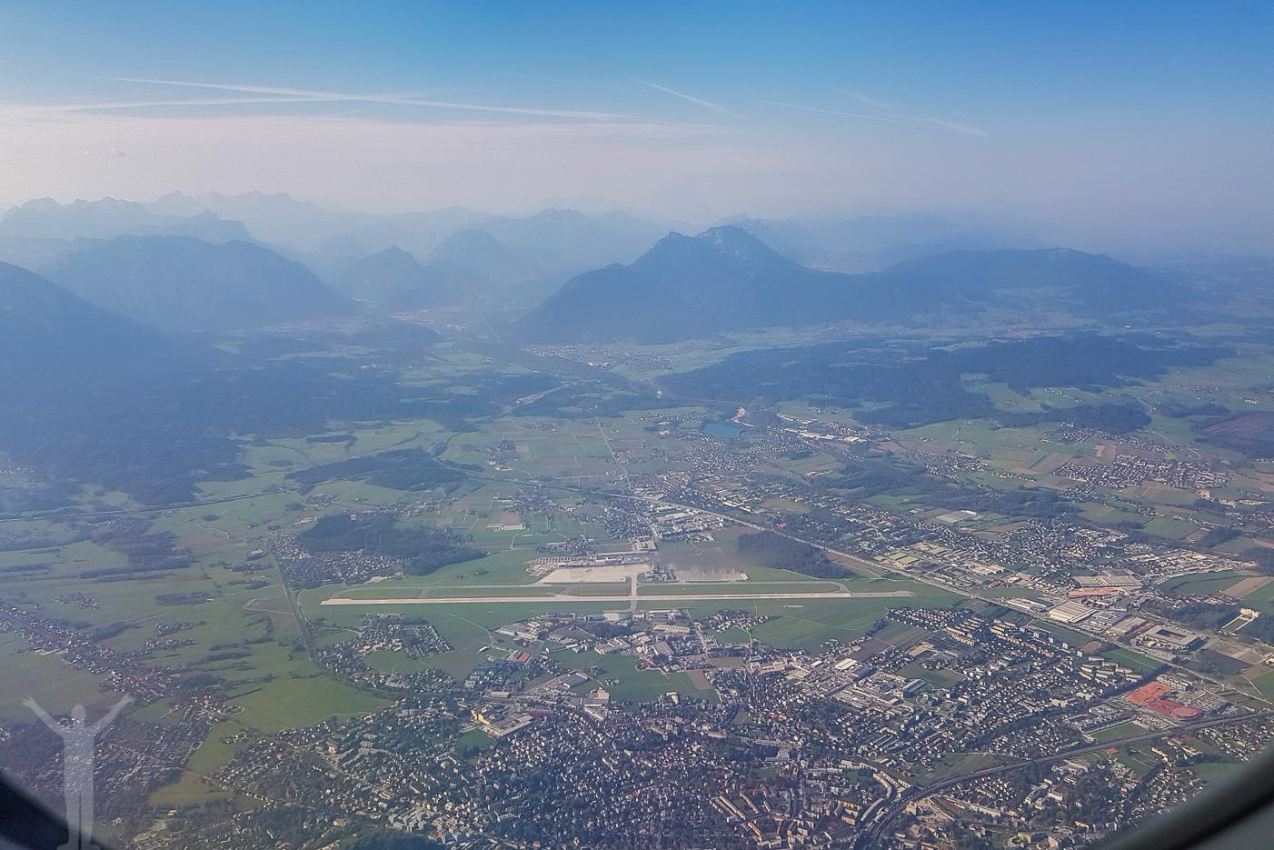 Salzburg, flygplatsen och Alperna