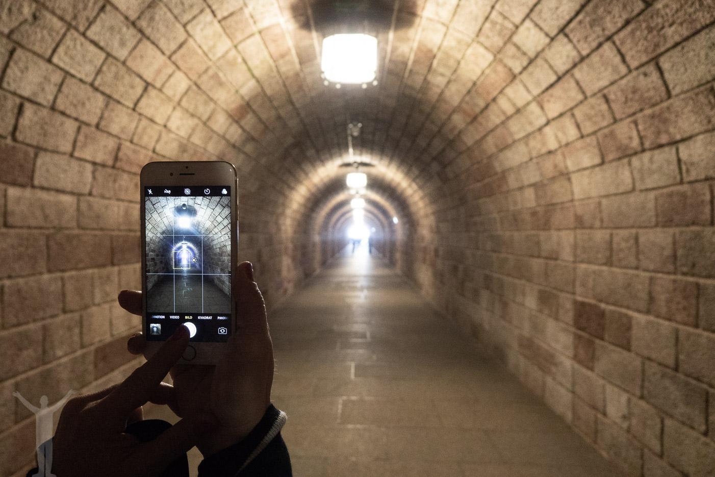 Tunneln i Kehlsteinhaus ska göras om man ska besöka Örnnästet.