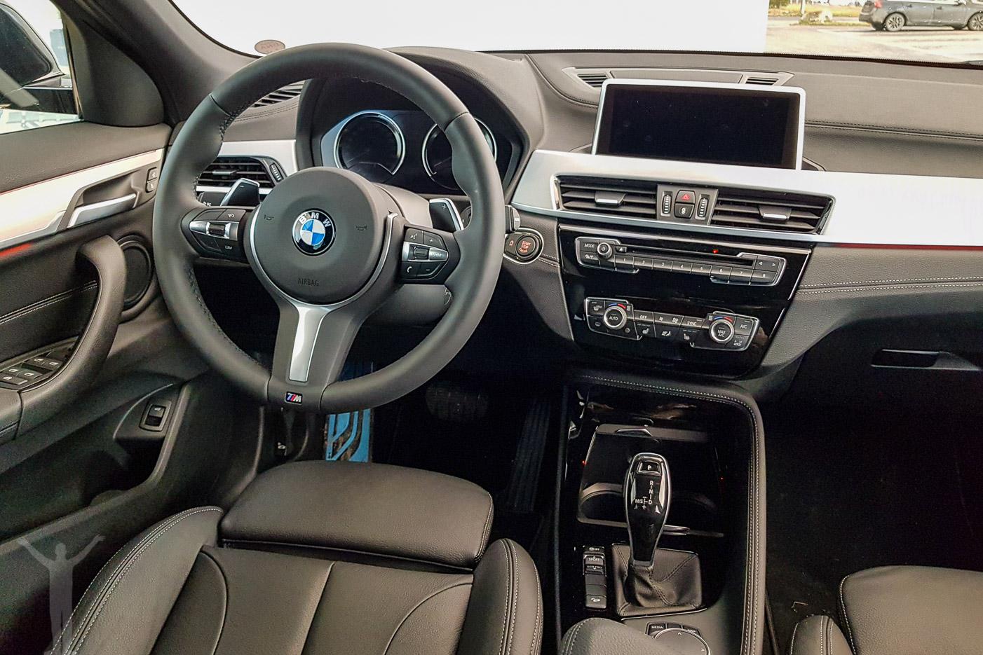 BMW X2 - interiör