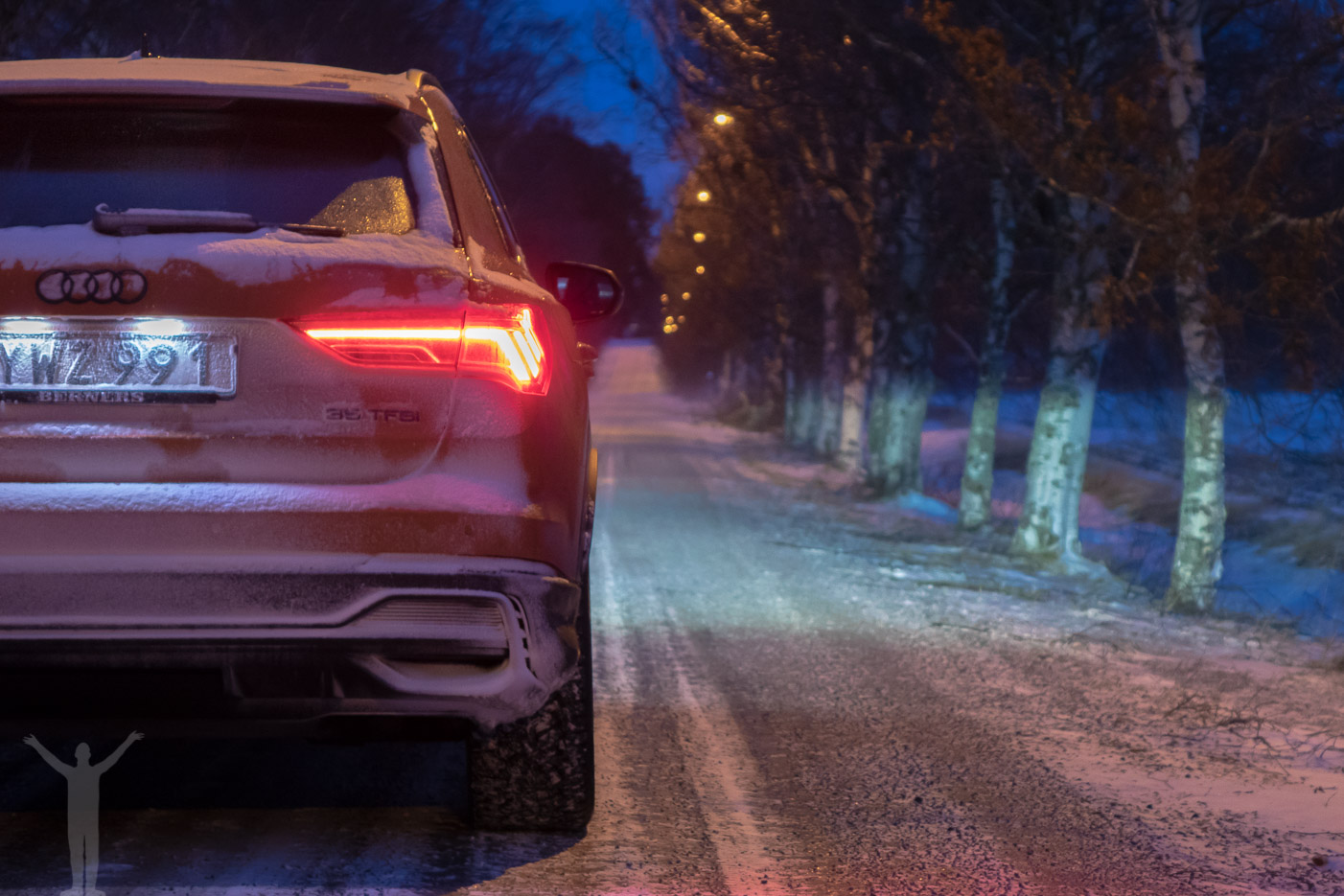 Nya Audi Q3 by night